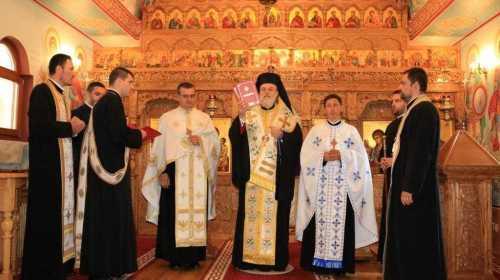 PS Vincentiu a hirotesit duhovnici la Biserica Paraclis episcopal a Centrului Eparhial