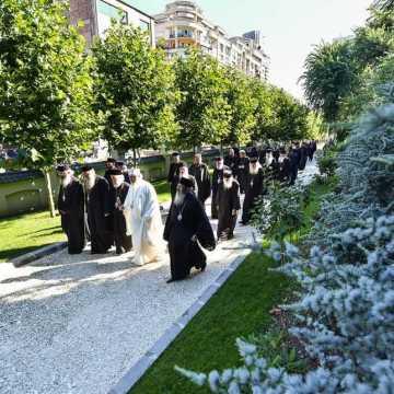 Patriarhul Daniel si membrii Sfantului Sinod al Bisericii Ortodoxe Romane au vizitat Parcul Resedintei Patriarhale (10)