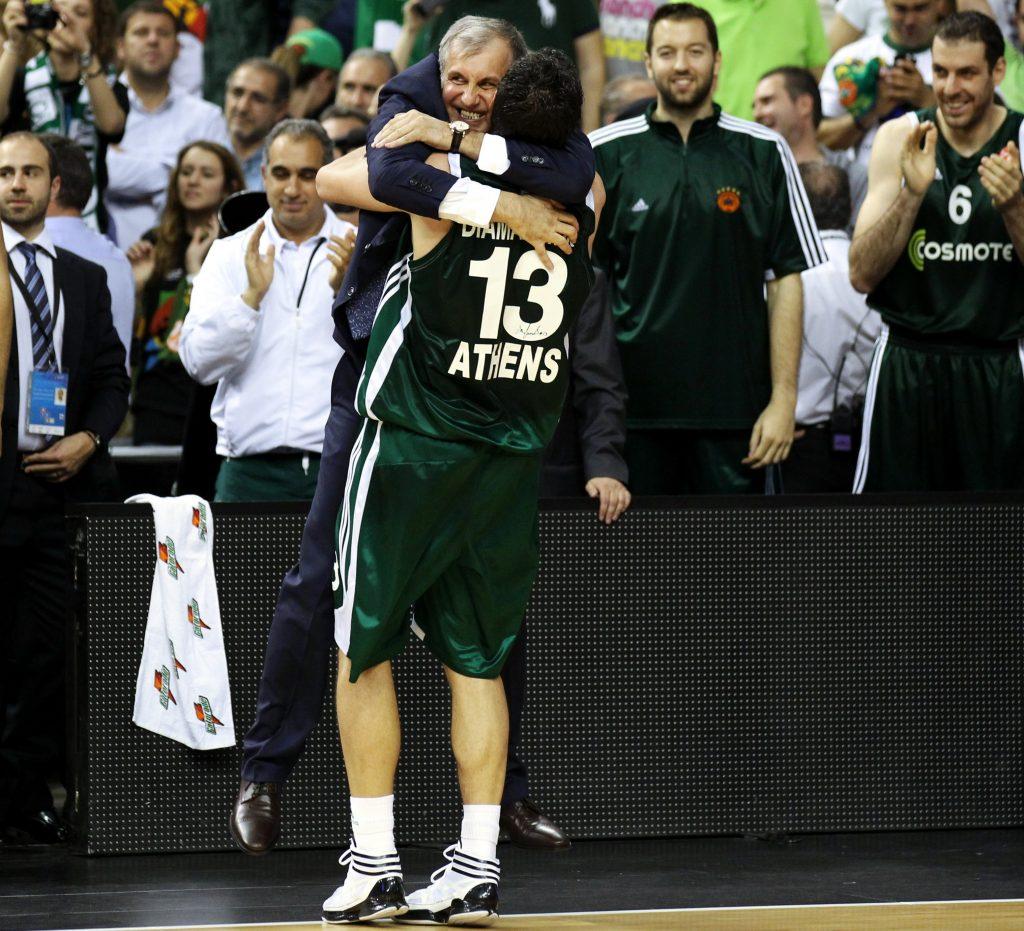 Μια αγκαλιά, ένας τίτλος (Vids, Pics)     Basketa.gr