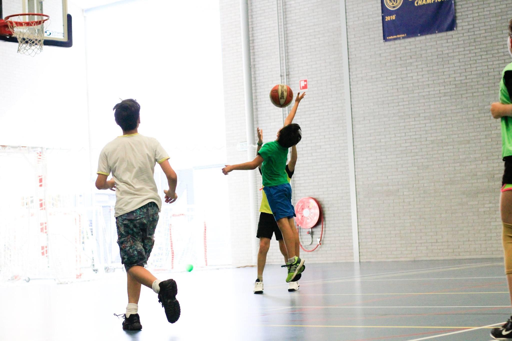 Basketball Clinic The Hague - sports camp - basketball camp - www.baskeballclinicthehague.nl