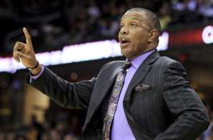 Phoenix Suns coach Alvin Gentry gives a signal to his players during the first quarter of an NBA basketball game against the Cleveland Cavaliers on Tuesday, Nov. 27, 2012, in Cleveland. The Suns won 91-78. (AP Photo/Tony Dejak) ** Usable by LA and DC Only **