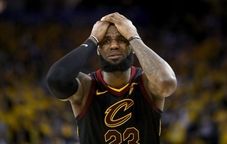 cb9525afb86 LeBron James  Cavaliers Exit Was Courageous Says Charles Oakley