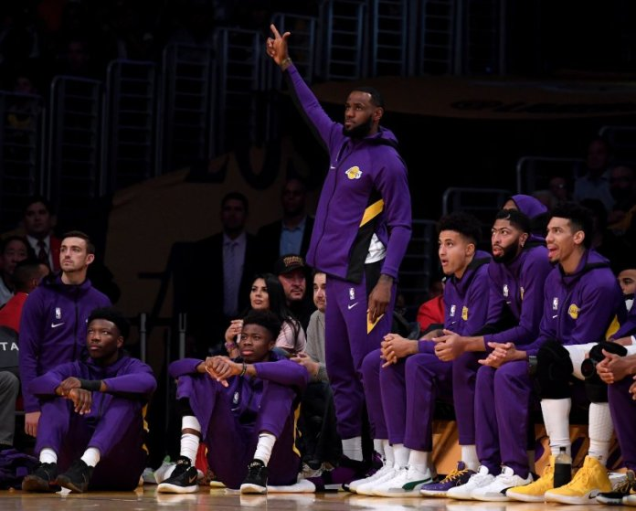 How can the Lakers be a better team?