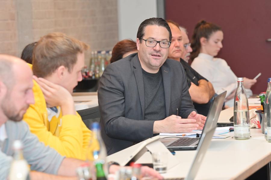 """Verbandsausschuss online: """"Vorbild in der Krisenbewältigung"""""""