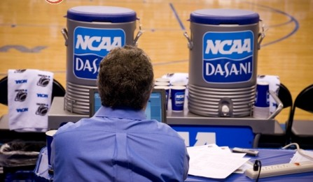 Jim_Harris_courtside_NCAA
