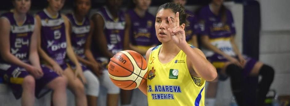 Sendy Basáez, jugadora del Adareva, jugará temporalmente en Chile