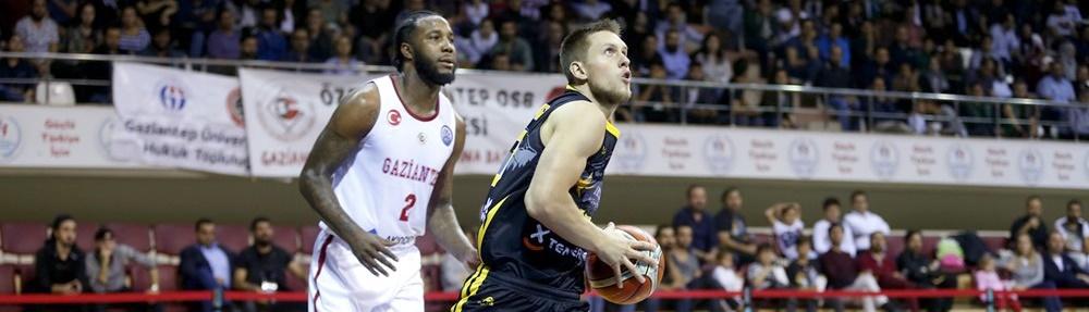 Ponitka, candidato a mejor escolta de la Basketball Champions League