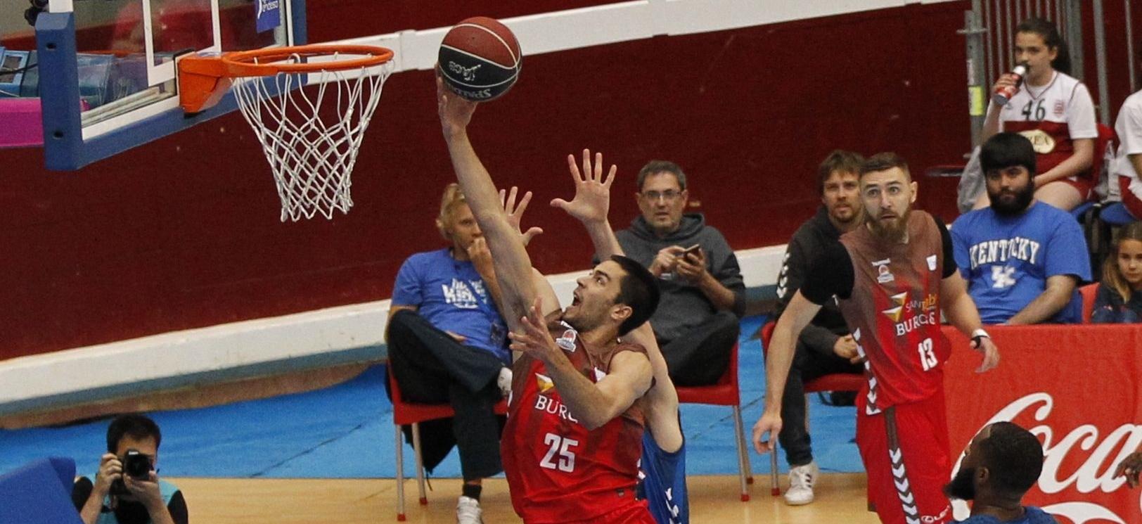 El Burgos de Álex López roza la salvación tras vencer al Gipuzkoa