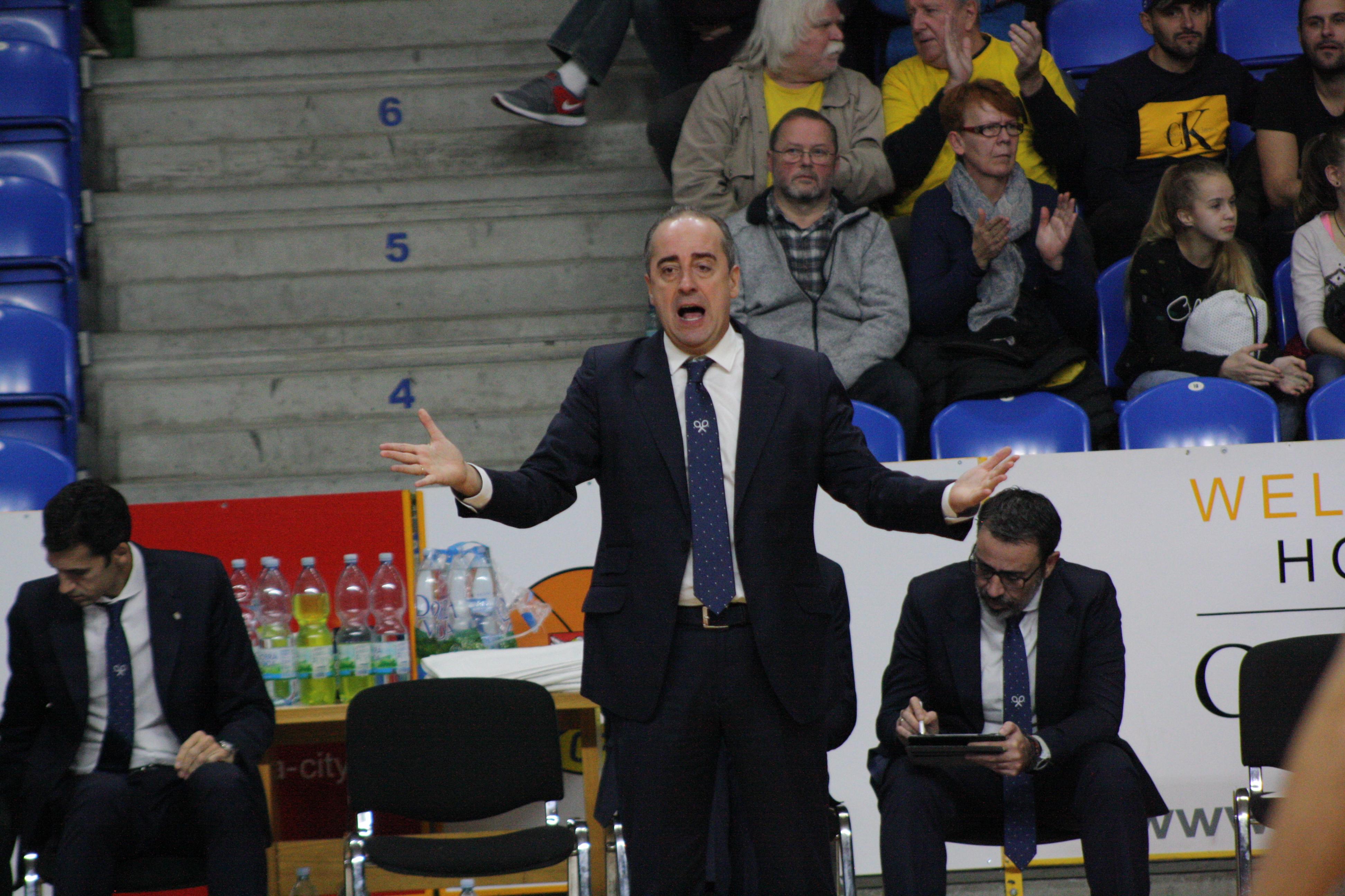 Vidorreta considera el rebote y la defensa de la segunda mitad como claves del triunfo en Opava
