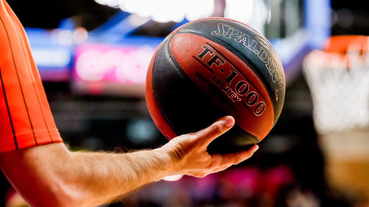 El Málaga-Joventut, de ACB, aplazado de este sábado al lunes, por un positivo en el equipo andaluz