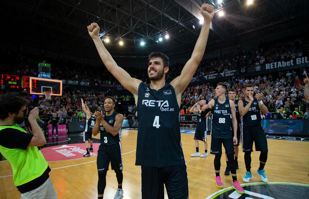 El Bilbao Basket suma y sigue y gana al Baskonia
