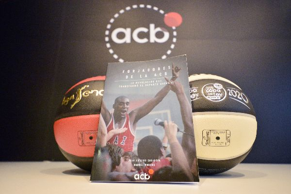 La ACB documenta su fundación y desarrollo en el libro 'Forjadores de la ACB'