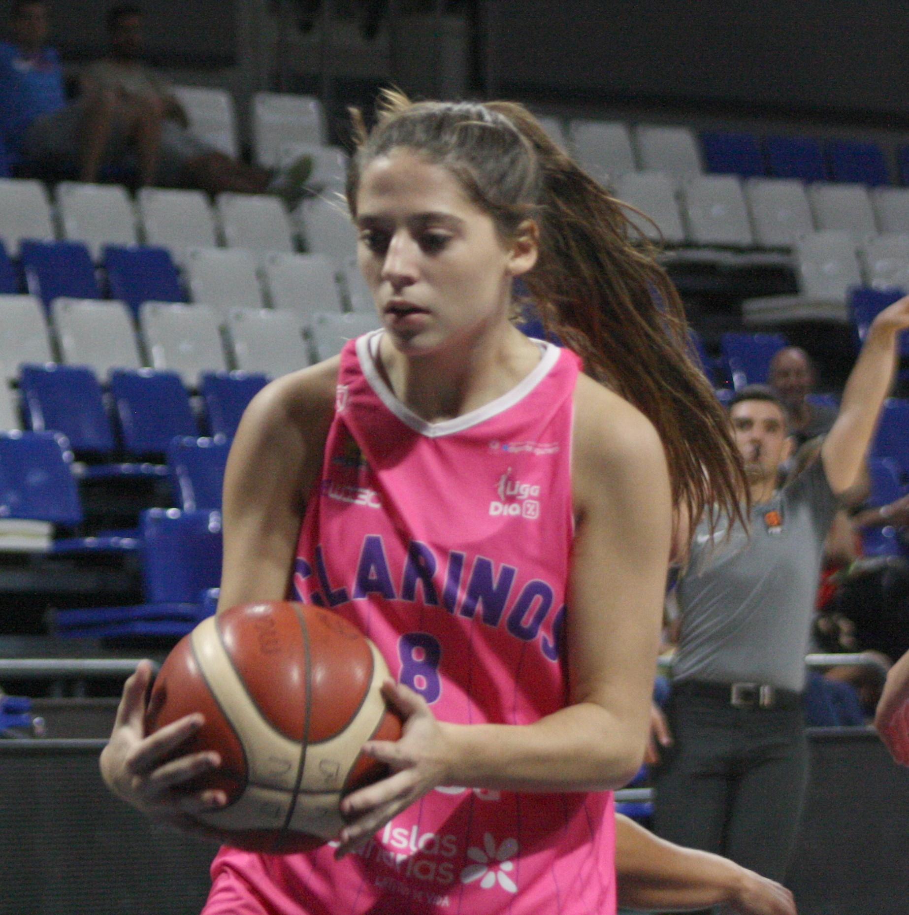 Lucía Fleta se marcha a Estados Unidos y jugará en las Golden Eagles de la NCJAA