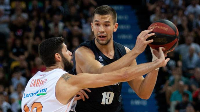 Sulejmanovic, aurinegro por dos temporadas con opción a una tercera