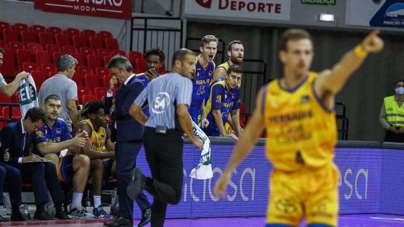 [VÍDEO] Así fue la derrota del Gran Canaria-Claret en Zaragoza