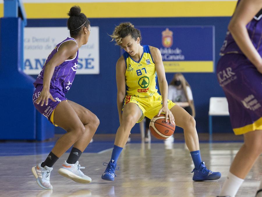 Hermida tiene claro el objetivo del CB Islas Canarias: «Mantener la plaza en Liga Femenina»