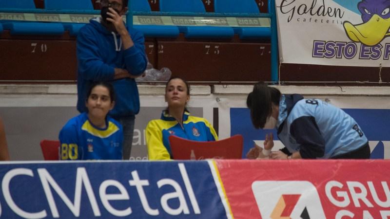 La lesión de Alba Peña incide en la derrota en Ferrol y supone un contratiempo para el Adareva