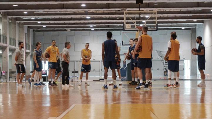 El Gran Canaria-Claret entrena con cinco jugadores del equipo de LEB Plata
