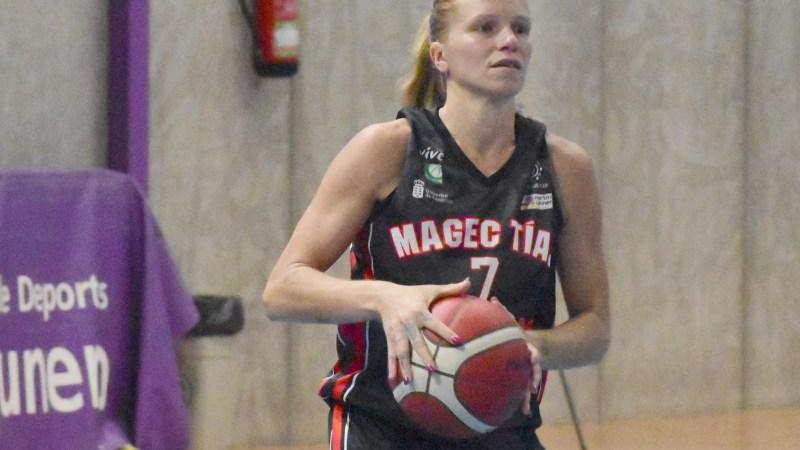 Magec Tías no forzará a Regina Gómez para enfrentarse al Universitario Ferrol