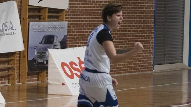 Patricia Cabrera alcanzó trescientos partidos jugados en competiciones FEB