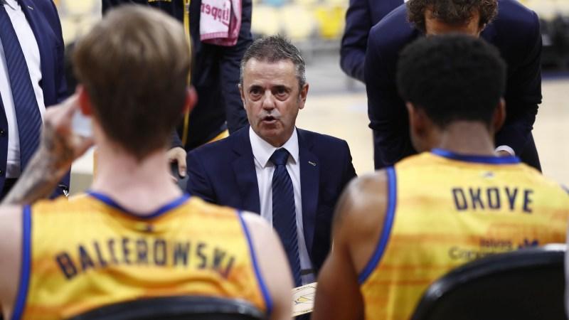 Fisac señala que Diop, López y De la Torre entrenarán en dinámica del primer equipo