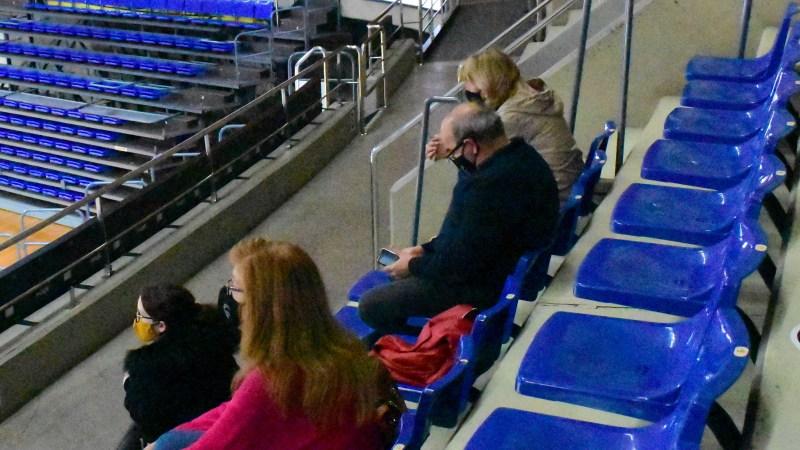 El Clarinos permitió la asistencia al partido a familiares de una de sus jugadoras