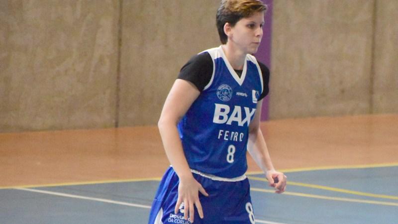 'Patriple' guía al Universitario Ferrol a su decimoctava victoria