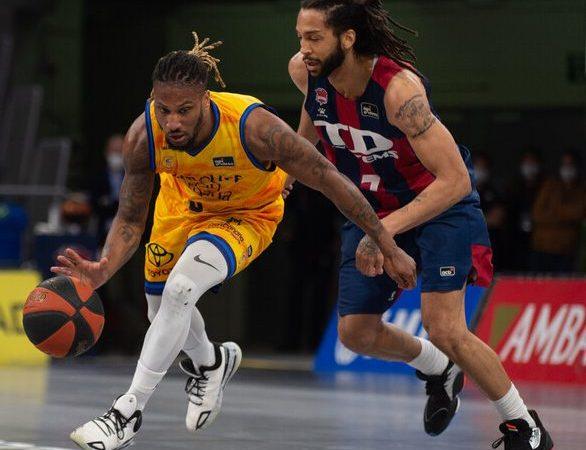 Gran Canaria-Claret sorprende a Baskonia y presenta su candidatura a jugar 'playoffs'