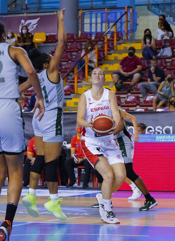 Buen partido de Leonor Rodríguez en la victoria de España ante Nigeria