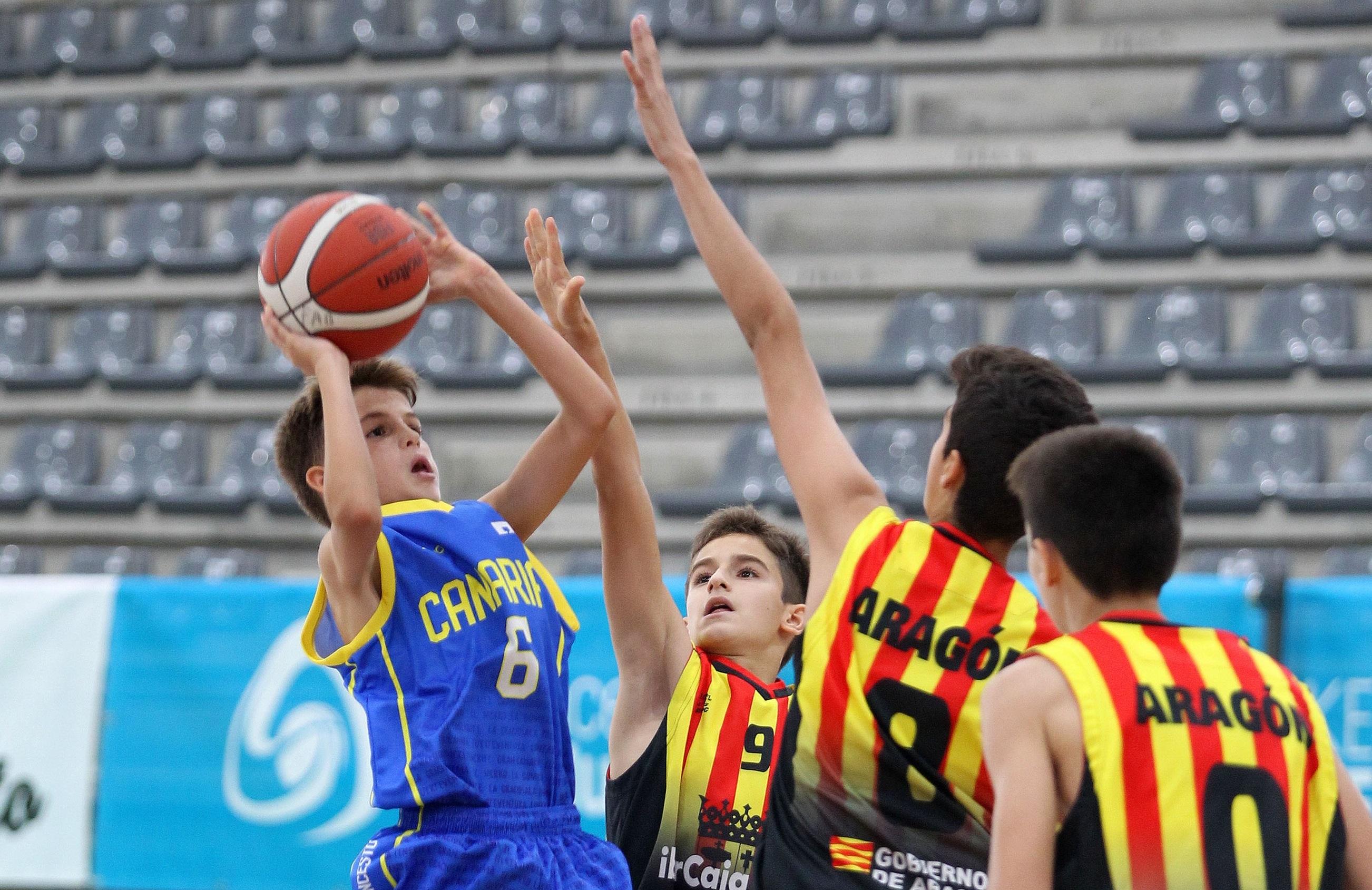 La selección canaria masculina suma una victoria y dos derrotas en el Nacional Minibasket