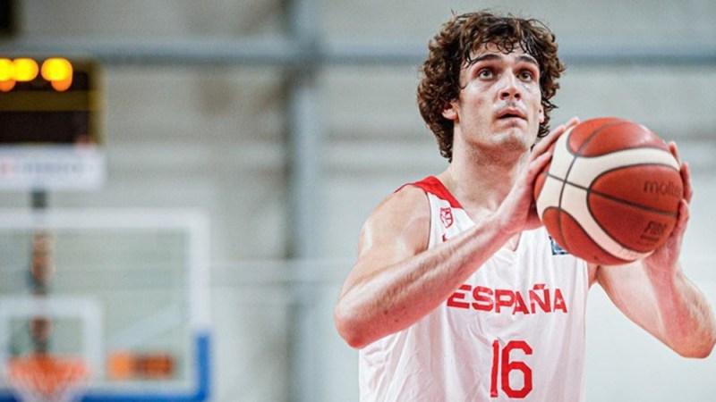 Rubén López de la Torre debuta en el Mundial U19 con victoria de España