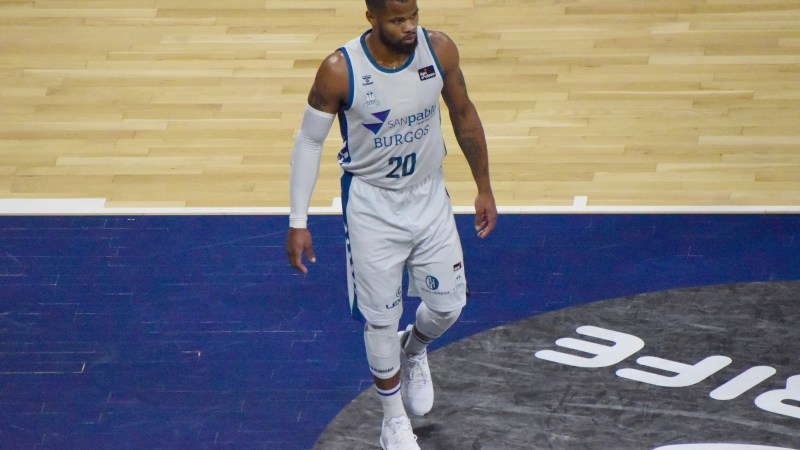 Omar Cook jugará la próxima temporada en Zaragoza