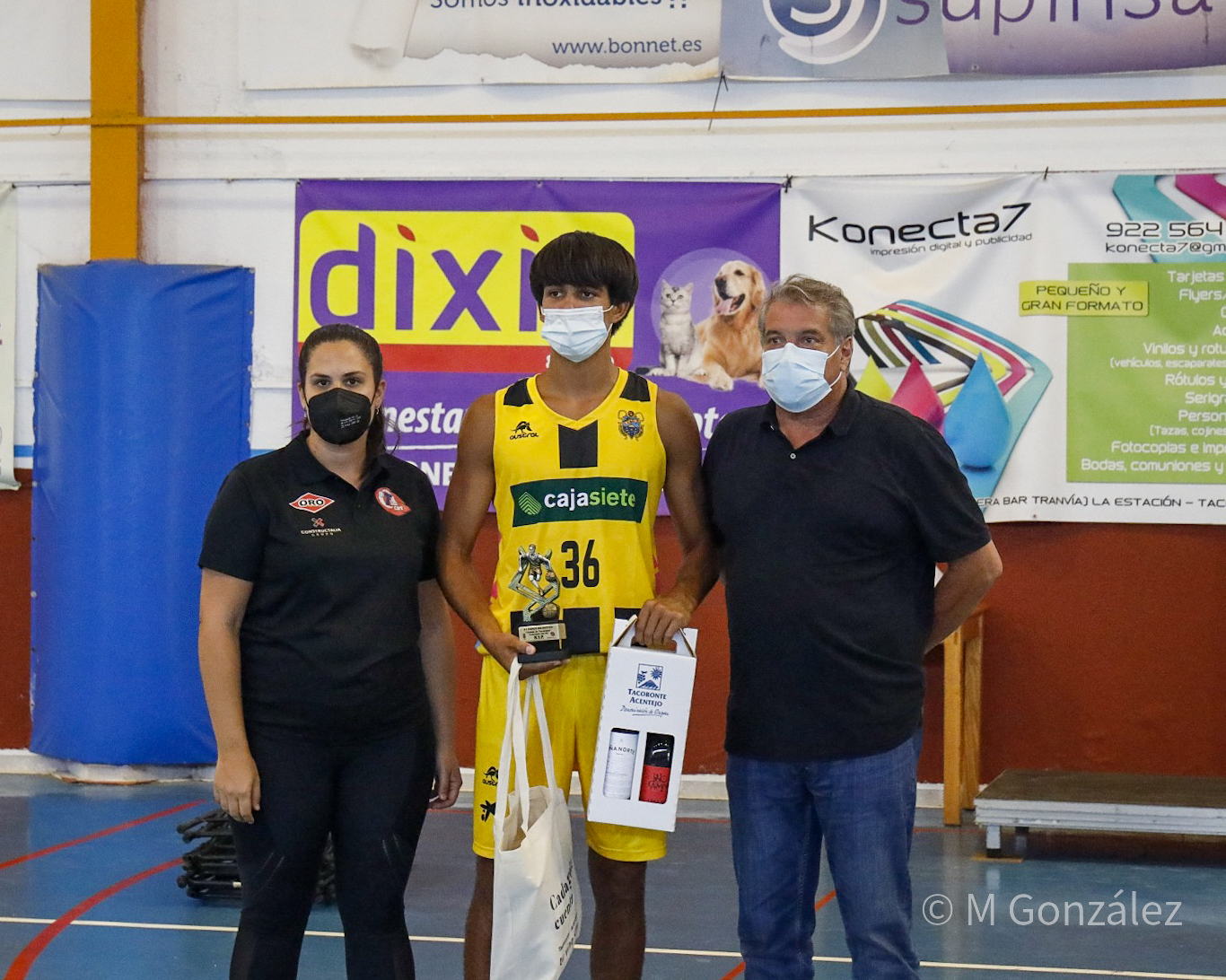 Héctor Amaya, MVP, y George Natsvlishvili, máximo anotador, de Primera Autonómica en el XXXIV Torneo Ciudad de Tacoronte