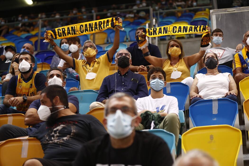 Menos de un cuarenta y cinco por ciento de entrada en el Gran Canaria Arena para ver al vigente campeón