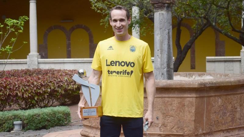 Huertas recibió el trofeo al Mejor Latinoamericano de la ACB por segunda ocasión consecutiva