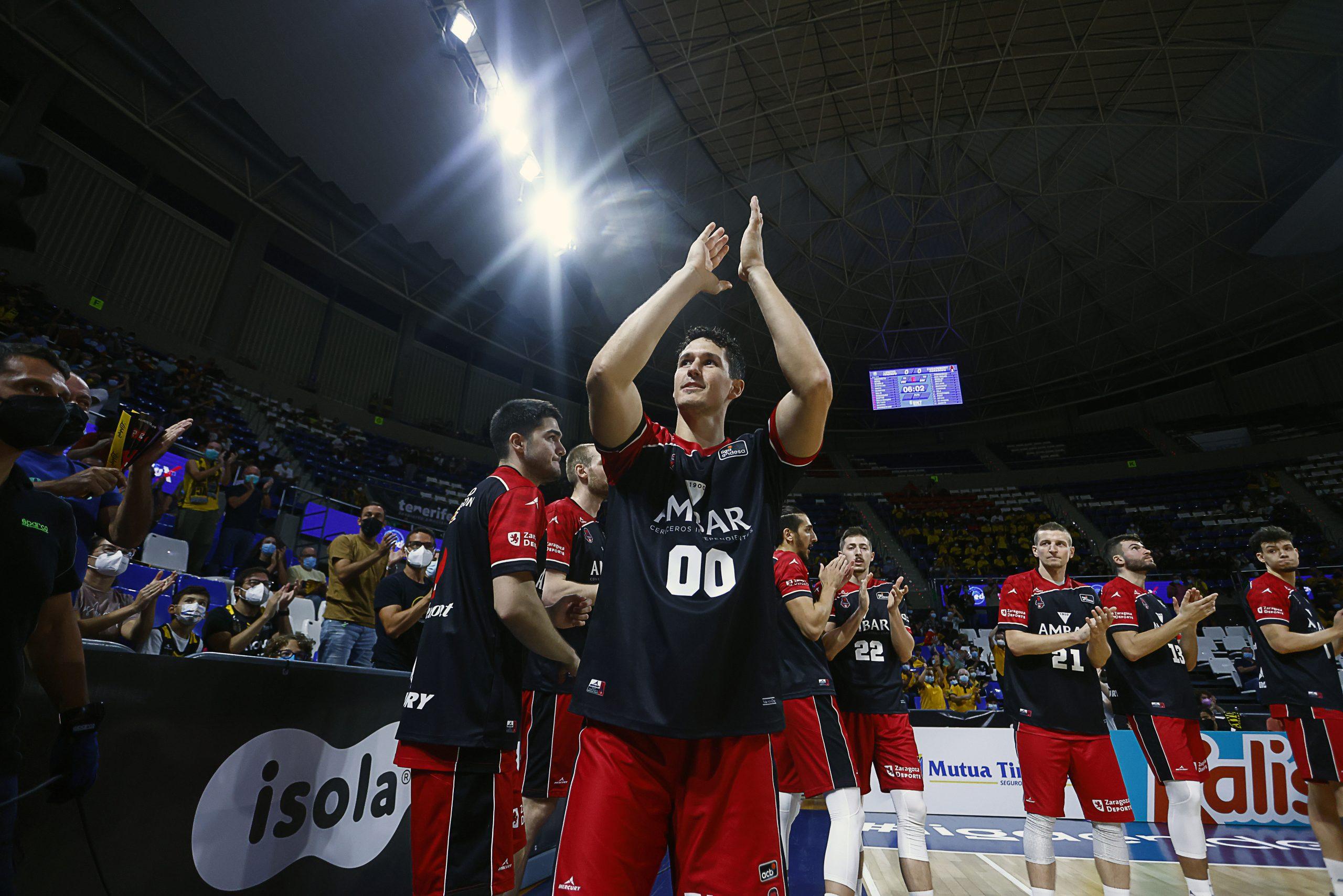 Homenaje aurinegro a Rodrigo San Miguel por sus quinientos partidos en ACB