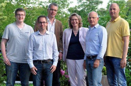 Der neue Vorstand: (von links) Torben Steffens, Michael Tschöke, Frank Zacharias, Susanne Kornau, Dr. Hartmut Gelhar, Amir Hujic. - Foto: M. Kusche / Lüdenscheider Nachrichten