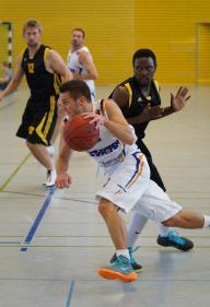Sören Hendrich half aus der zweiten Mannschaft aus und machte im Spielaufbau eine gute Partie.