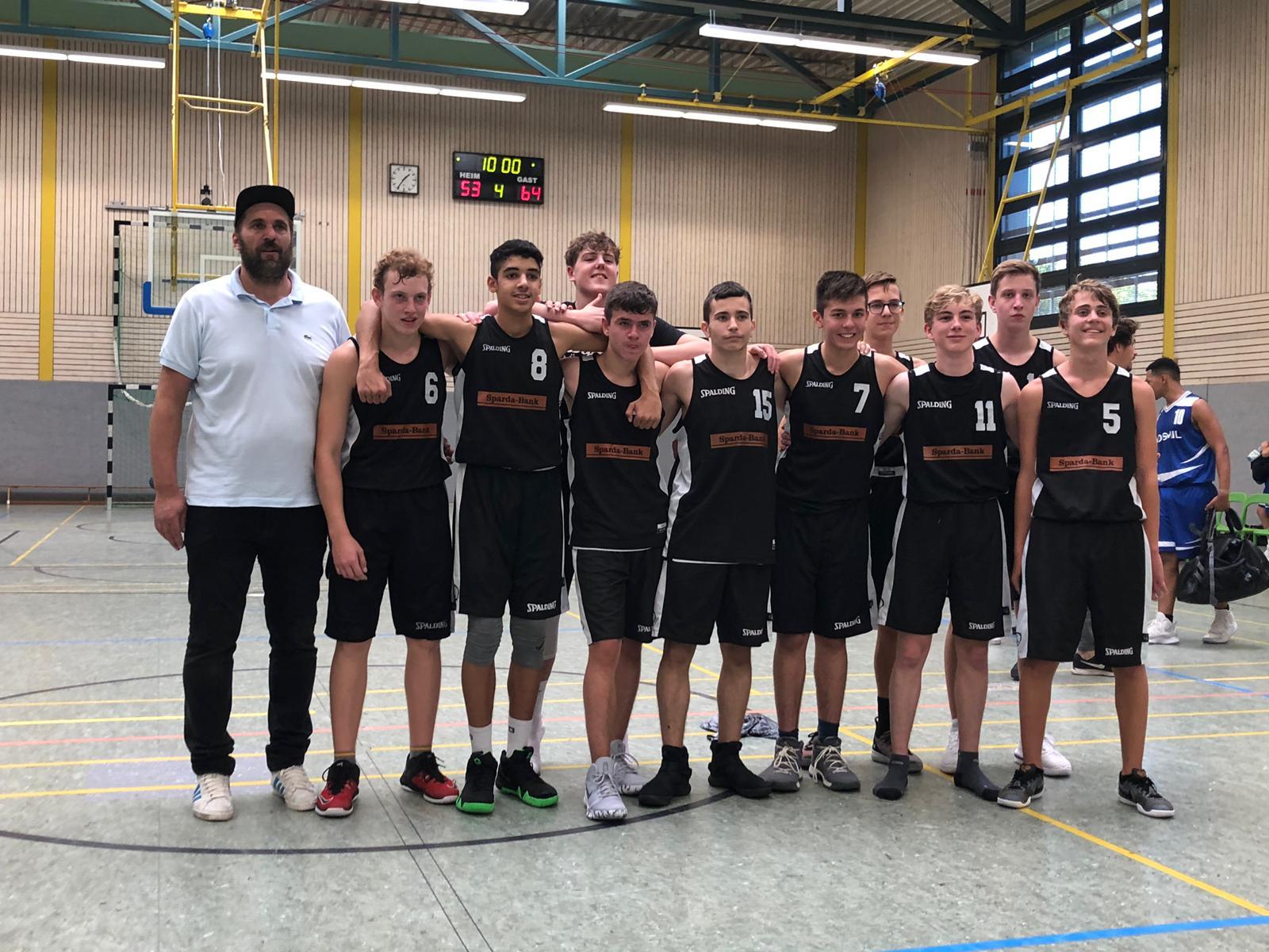 U16: Erster Sieg dank starker Team-Leistung