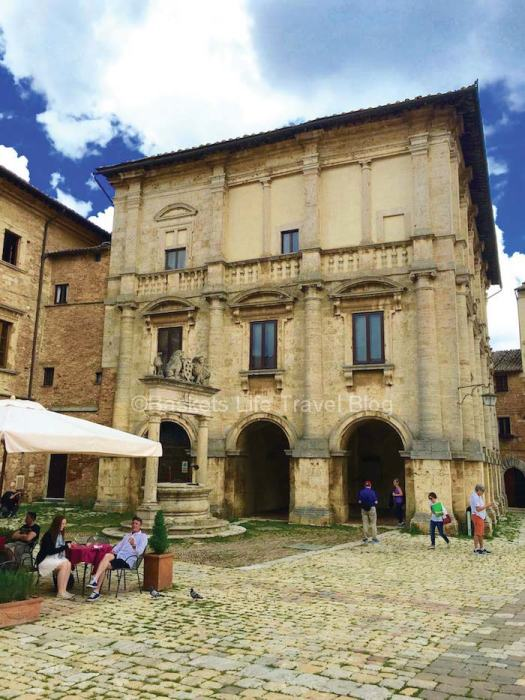 Wine Tasting in Montepulciano, Italy- A Wine Lover\'s Dream
