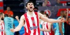 Kostas Papanikolaou deixou o time no fim da temporada passada (Divulgação)
