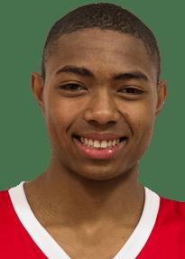 Bruno Correa Fernandes Cabloco - 2,02 m - Ala - 18 anos