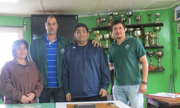Álvarez presentado en Chile