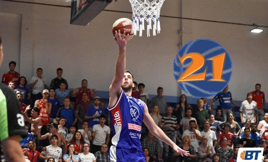 21: Santiago Moglia