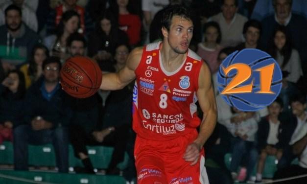 21: Claudio Bascou