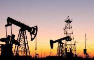 أسعار النفط تتكبد خسائر أسبوعية وسط ارتفاع مطرد في الإصابات بالولايات المتحدة