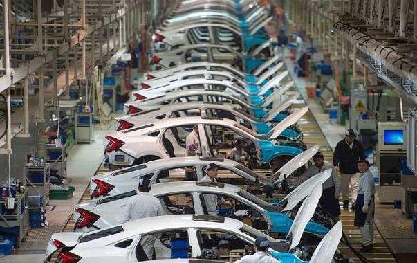 مبيعات السيارات بالصين سترتفع 11% في يونيو