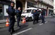 40 شخصا مسلحين .. يهاجموا مركز شرطة فرنسي بقذائف المورترز