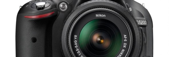 Nikon D5200: I AM YOUR CREATIVE EYE. 24 milioni di pixel, video full HD e monitor ad angolazione variabile