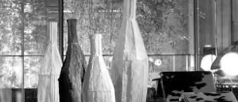 Cartocci giganti – Gli inediti paper clay fuori scala di Paola Paronetto